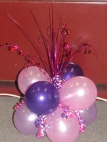 Cluster of 8 balloons with star spray