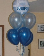 7 balloons bouquet with name
