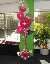 hot-pink-in-the-city-3-balloon-floor-bouquet